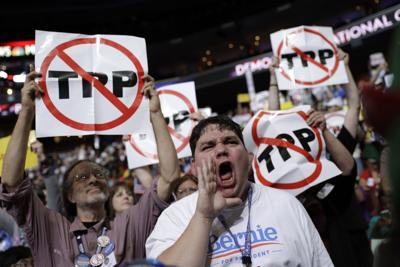 DEM 2016 Convention protests TPP
