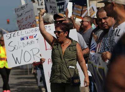 Union membership grew in Indiana, Illinois last year