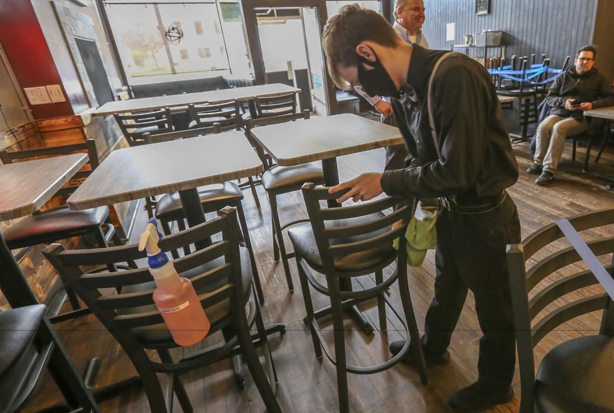 Radius restaurant in Valpo reopens