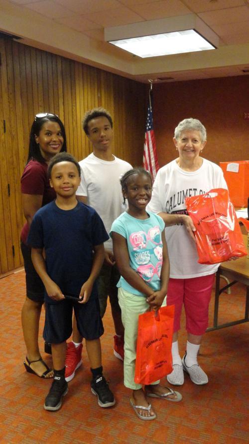 Alderman hosts annual Calumet City Thanksgiving food drive ...