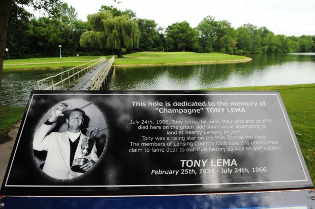 Lansing club memorializes pro golfer killed in crash