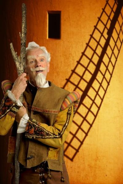 James Harms as Don Quixote in 'Man of La Mancha' at Light Opera Works