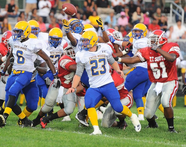 Visiting Crete Rolls Past T F South Nwi Preps Football