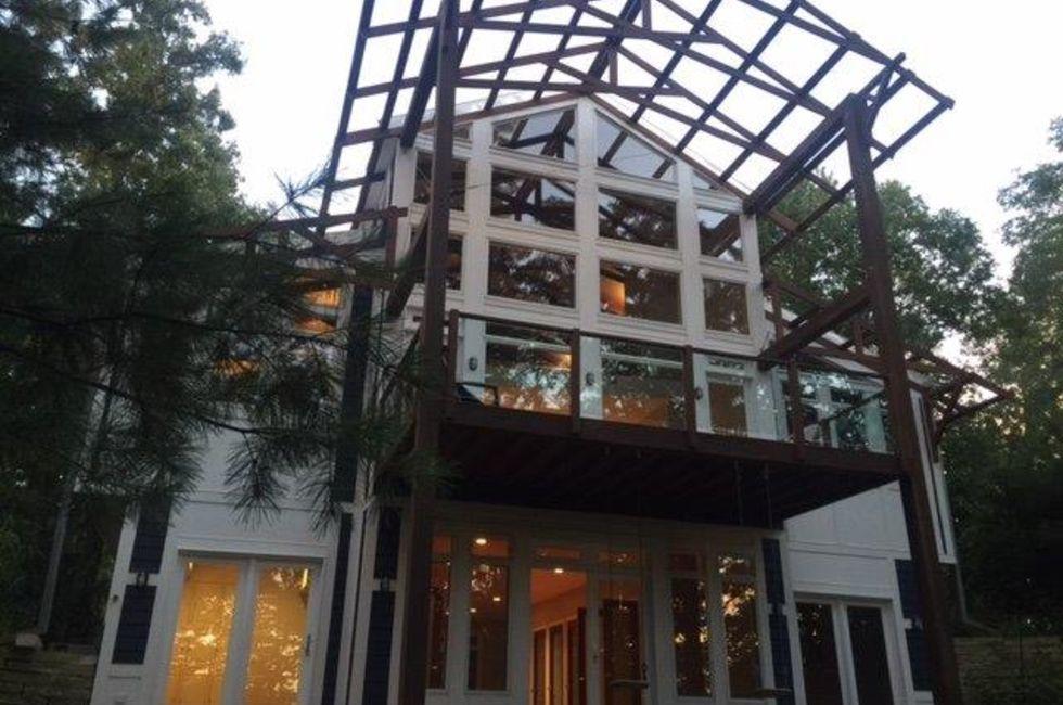 5 Bedroom Home In Long Beach 739 900