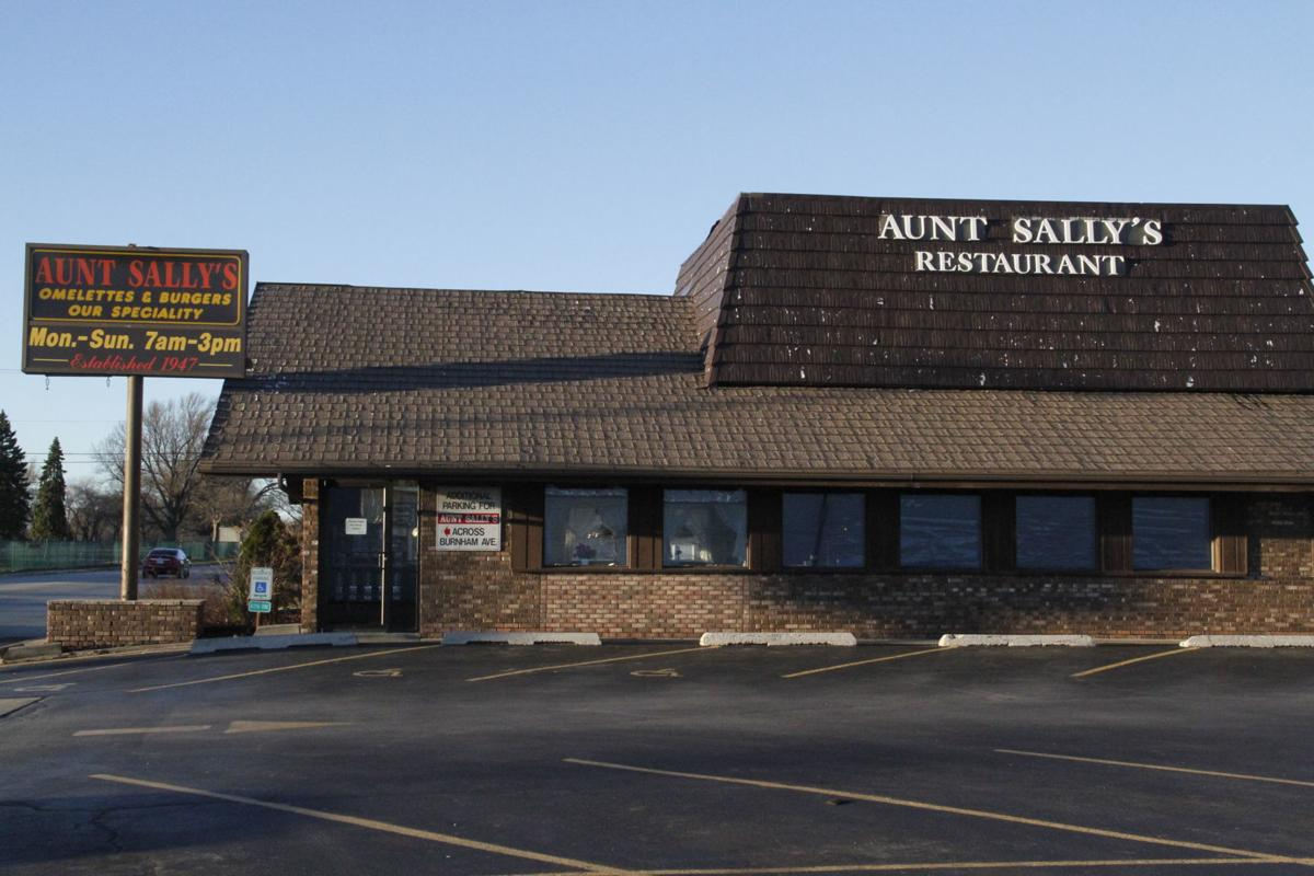 What Time Does Sallys Close >> Aunt Sally S Prepares To Bid Diners Farewell The Longtime