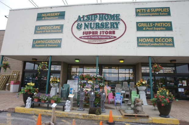 Alsip Home Nursery Set To Thank Customers