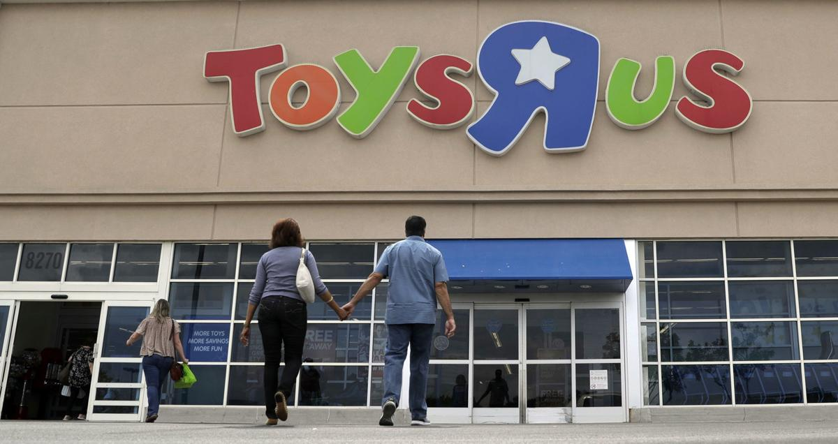 Toys R Us Stores To Close Forever Friday NWI Retail Nwitimescom - Training table restaurant closing