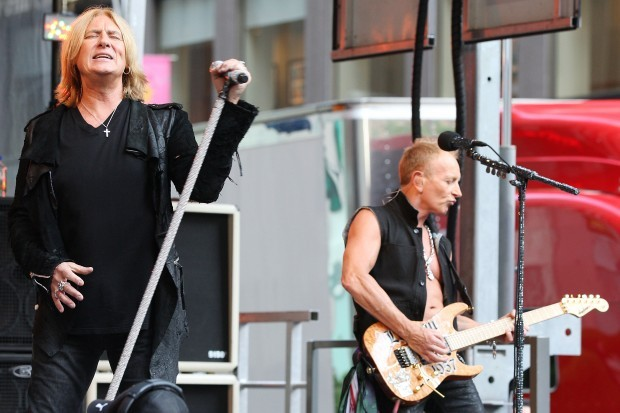 Def Leppard's 'Rock of Ages' tour roars into Allstate Arena