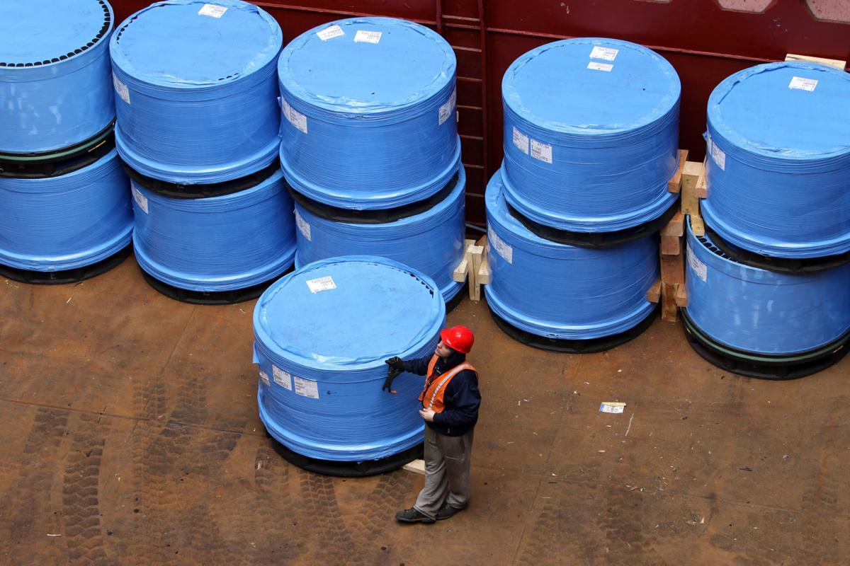 Steel import permit applications soar 43.2% in March
