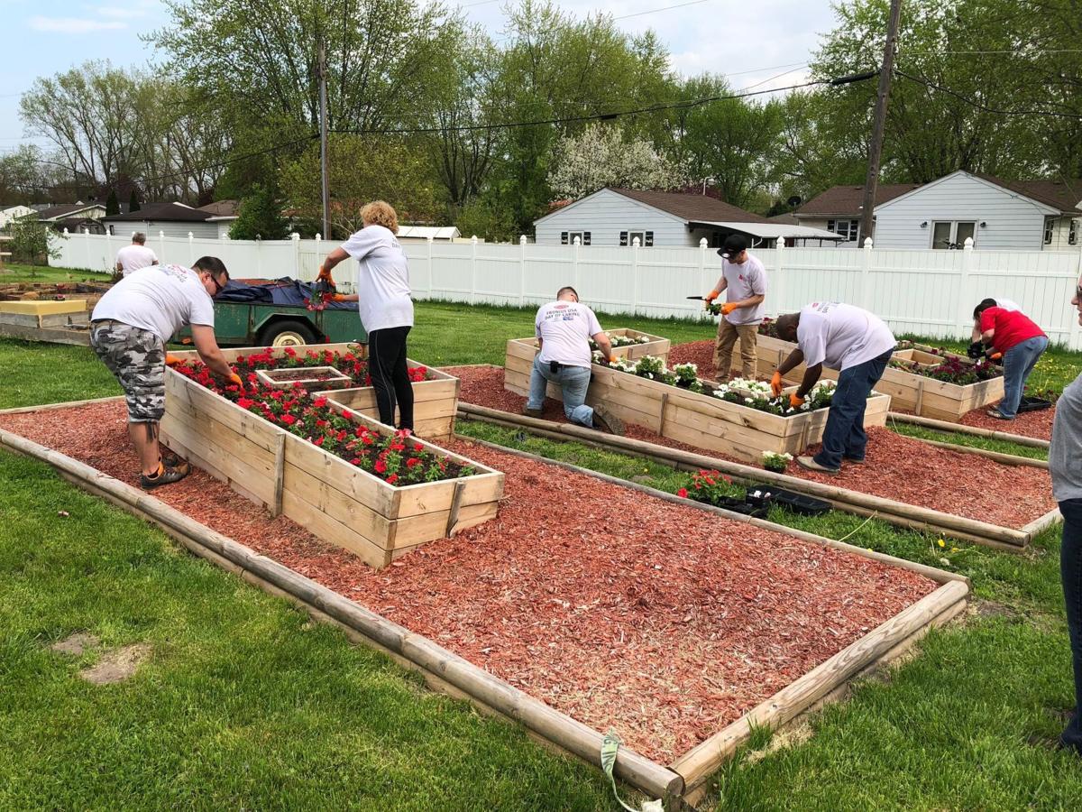Fronius volunteers at Portage Community Garden