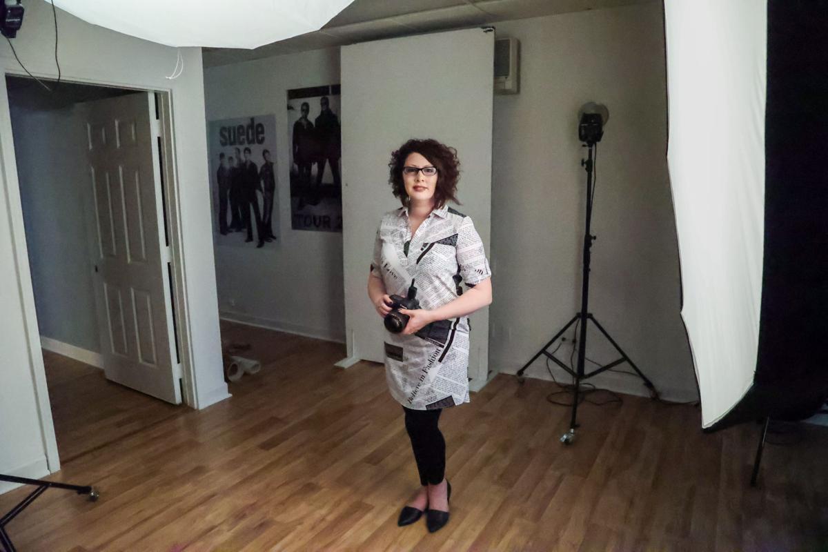 Portrait photographer Michell Santelik
