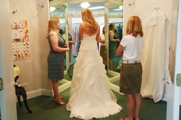Small Business Profile Elegance Wedding Evening Wear Highland