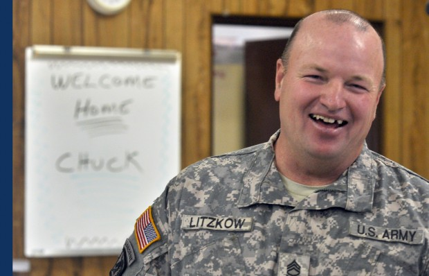 South Haven soldier gets warm welcome home from family, friends
