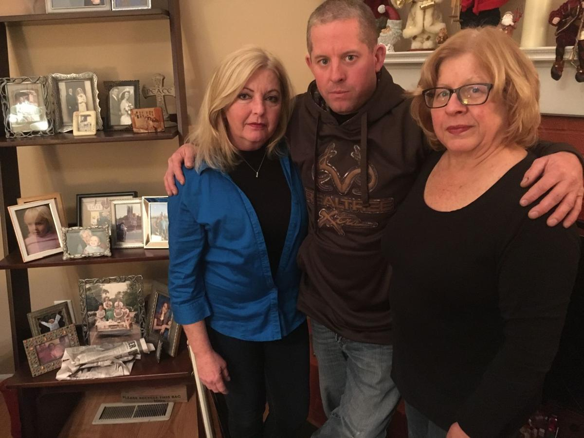 041818-nws-familyoverdoses