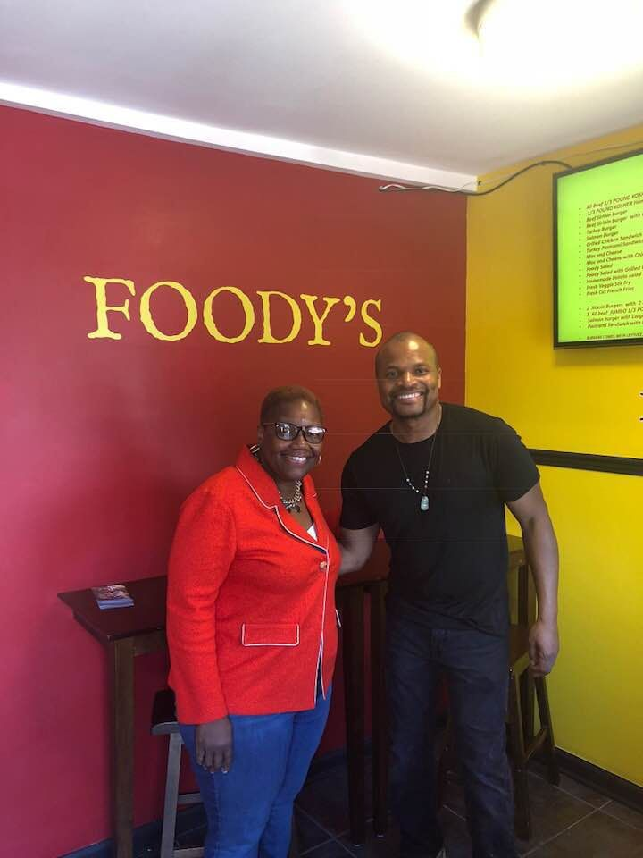 Foodys Restaurant Brings Healthier Fare To Gary Food Desert