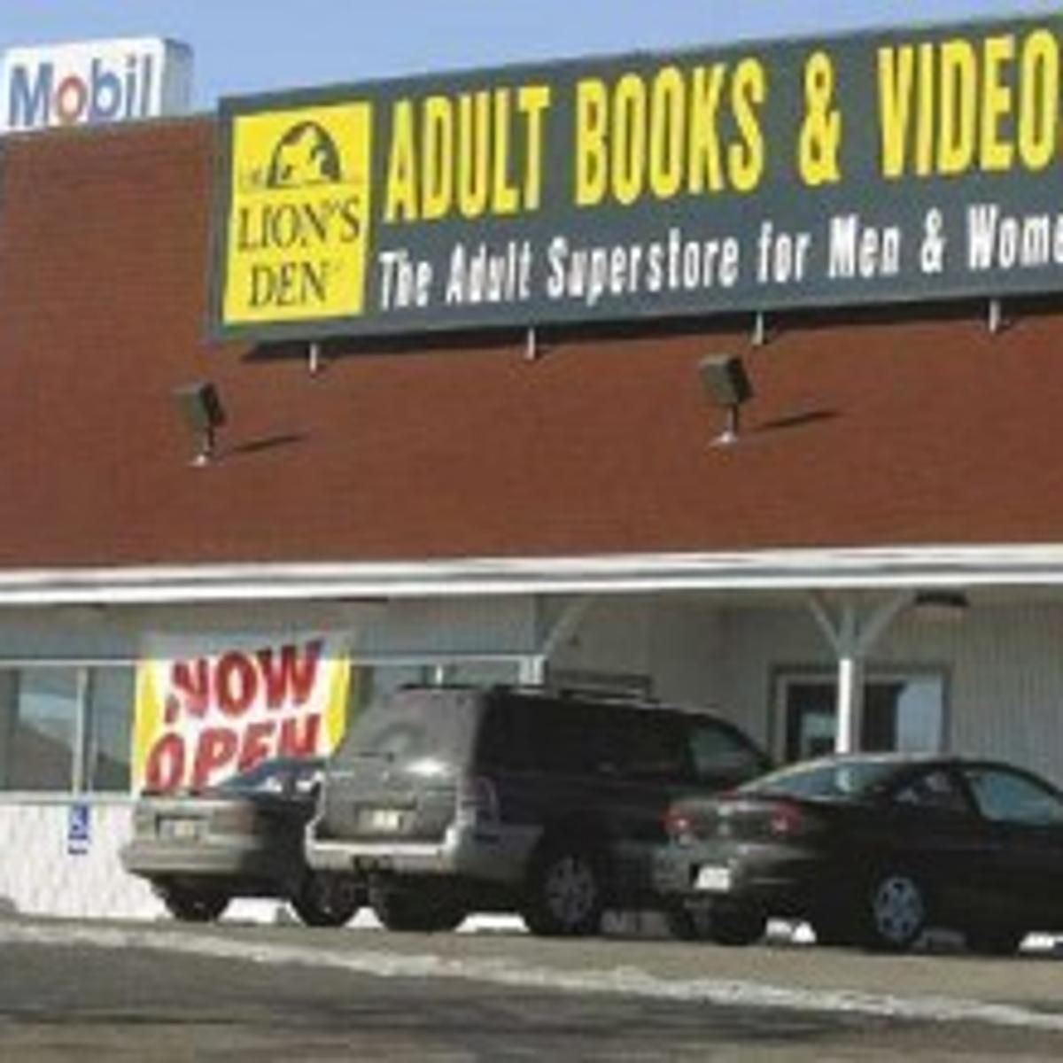 Lion's Den roars back: Adult store open again | Local News ...