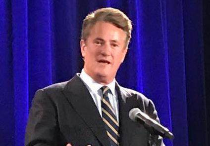 """Joe Scarborough, of MSNBC's """"Morning Joe,"""" stresses bipartisanship during PNW's Sinai Forum"""