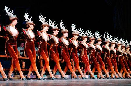 Rockettes Ready For 10th Annual Christmas Stage Show In Chicago