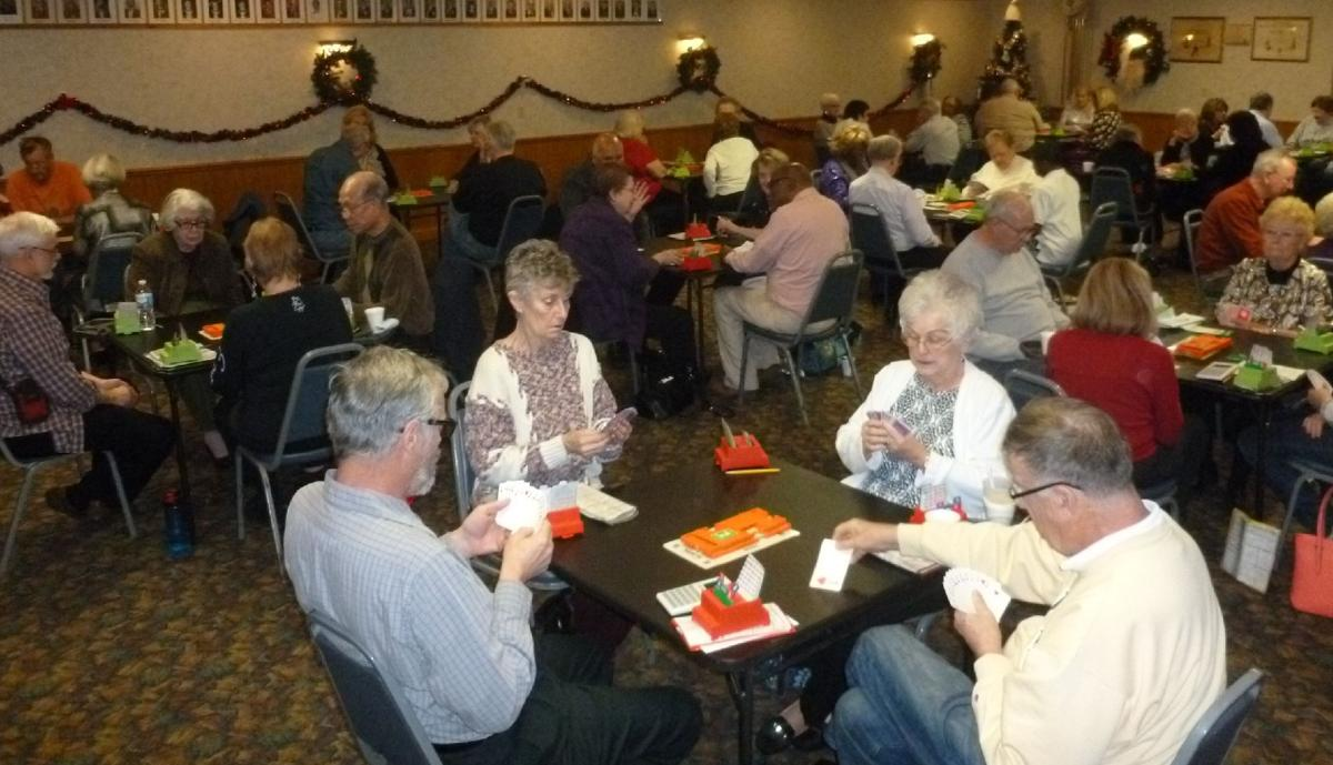 Bridge players welcome in new year