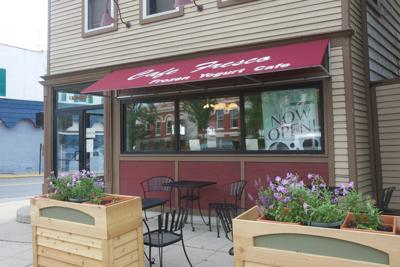 Comedians to perform at Cafe Fresco in Crown Point