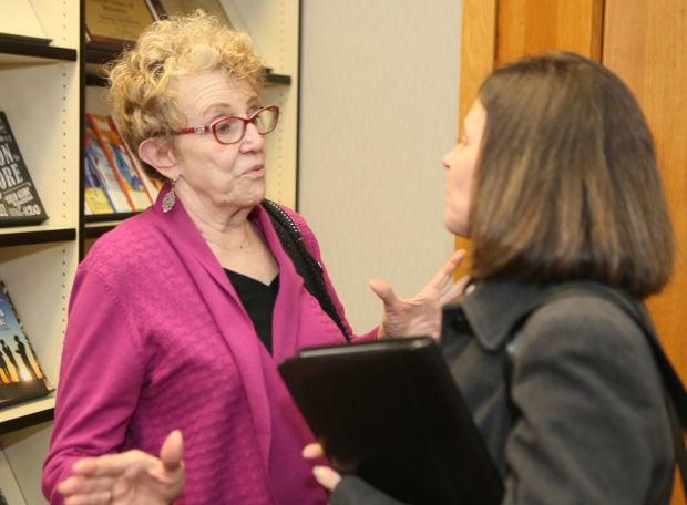 Munster alum pledges $1 million to fund teacher award