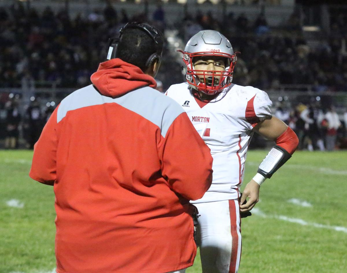 Morton vs. Lowell in football sectional final (resign)