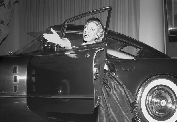 Dina Shore with the 1954 Chevrolet Corvette Corvair