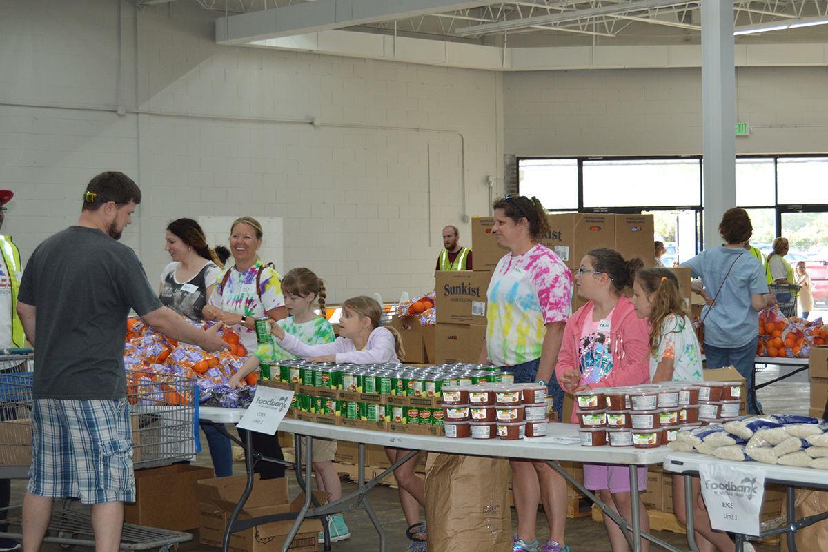 May Mobile Market volunteers