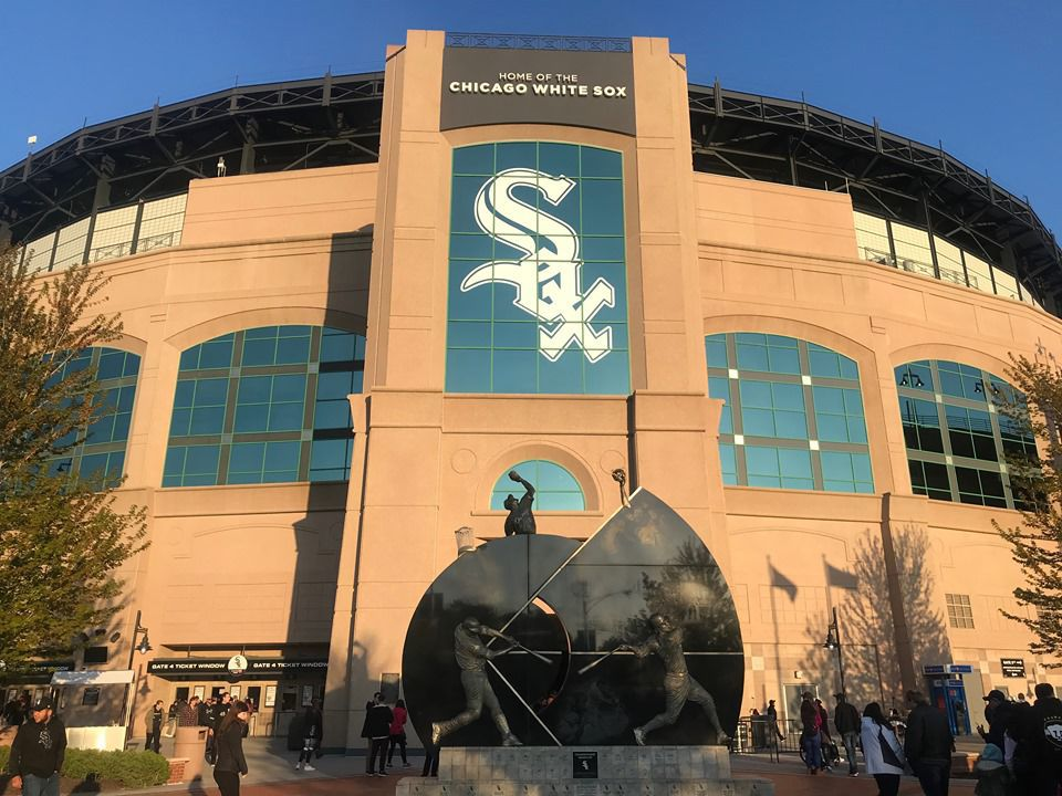 White Sox team store opens for curbside pick-up