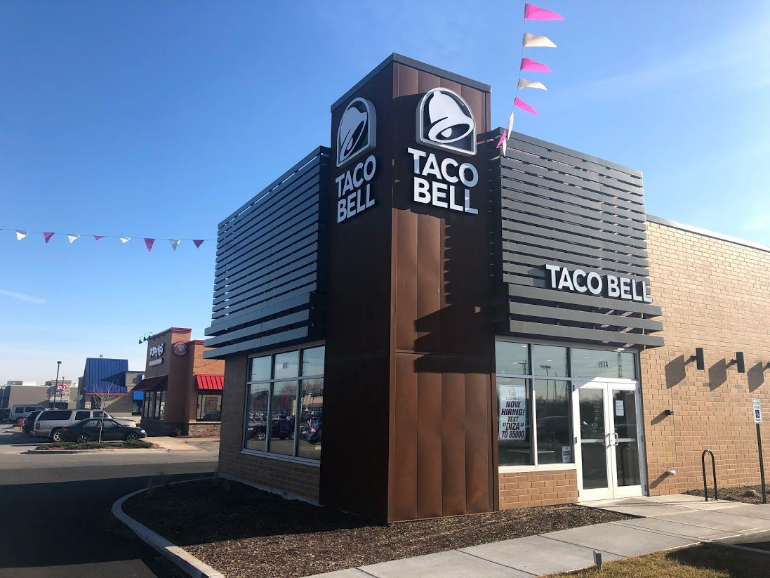 NWI Business Ins and Outs: Last Chance Overstock, Shoe Dept. Encore, Taco Bell, Holiday Inn, Northshore Health Centers, Cubs and White Sox vendors opening