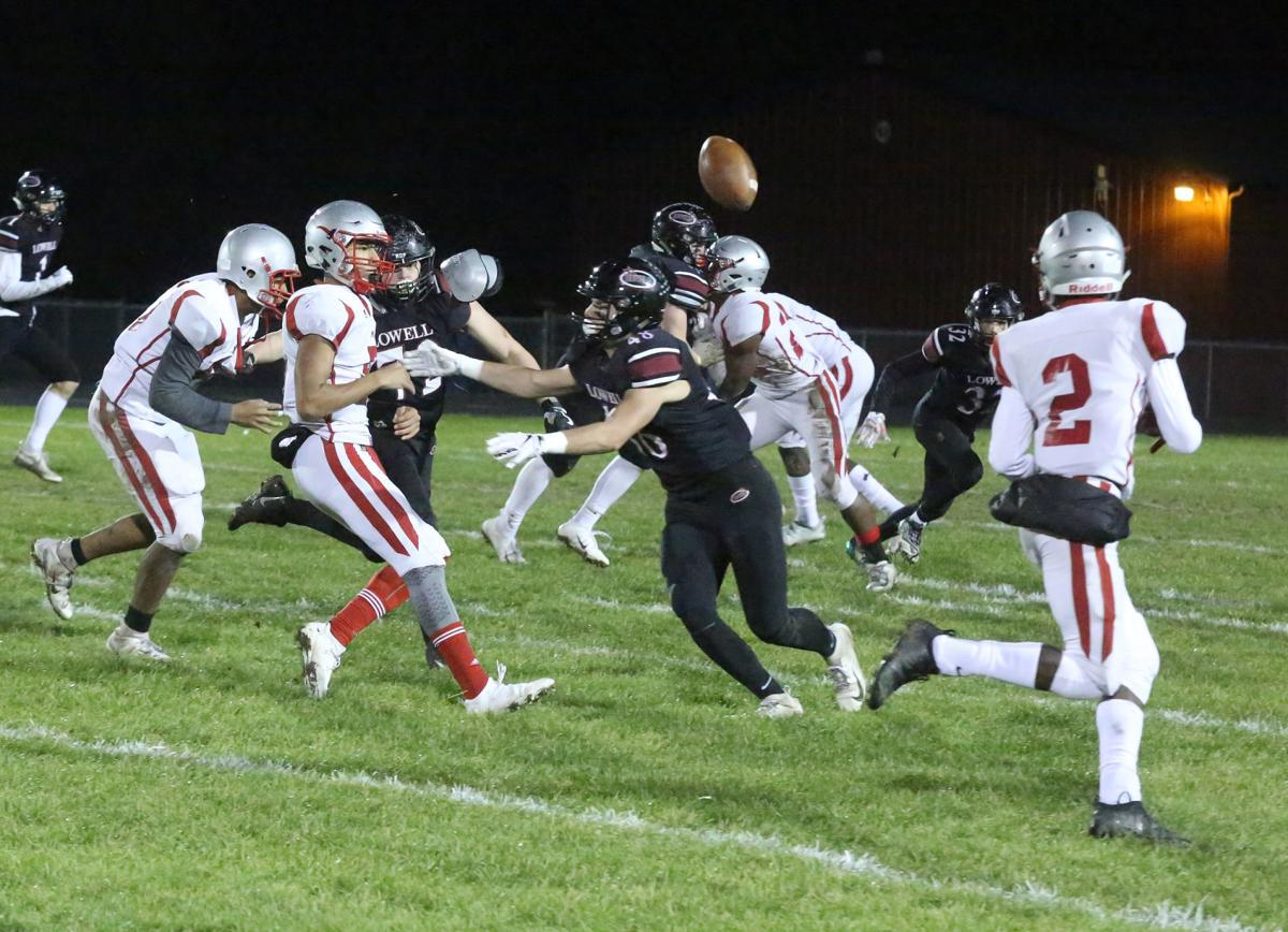 Morton vs. Lowell in football sectional final