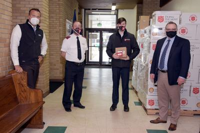 Strack & Van Til donates hundreds of gift cards at a time when food requests have soared by 500%