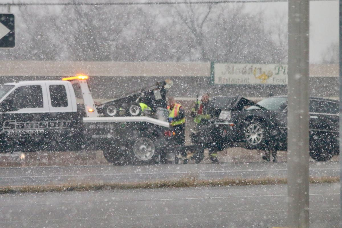 Bursts of snow could makes roads slick, reduce visibility