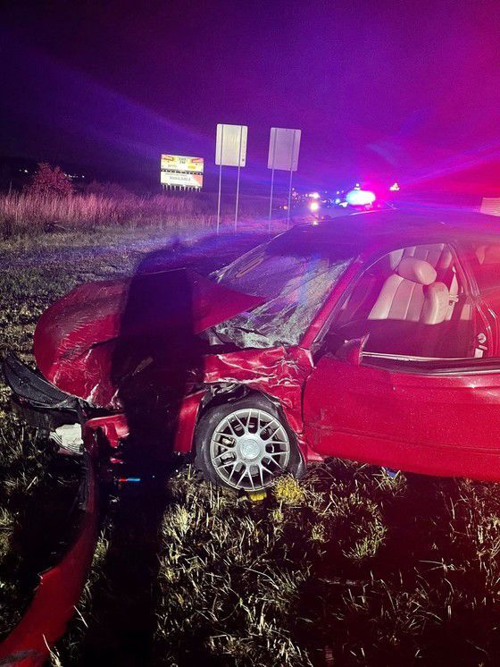 One dead, two injured in crash on I-65