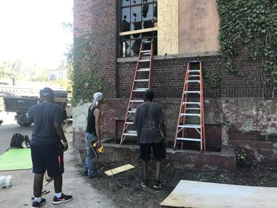 Volunteers fix up Gary's historic General Services Building