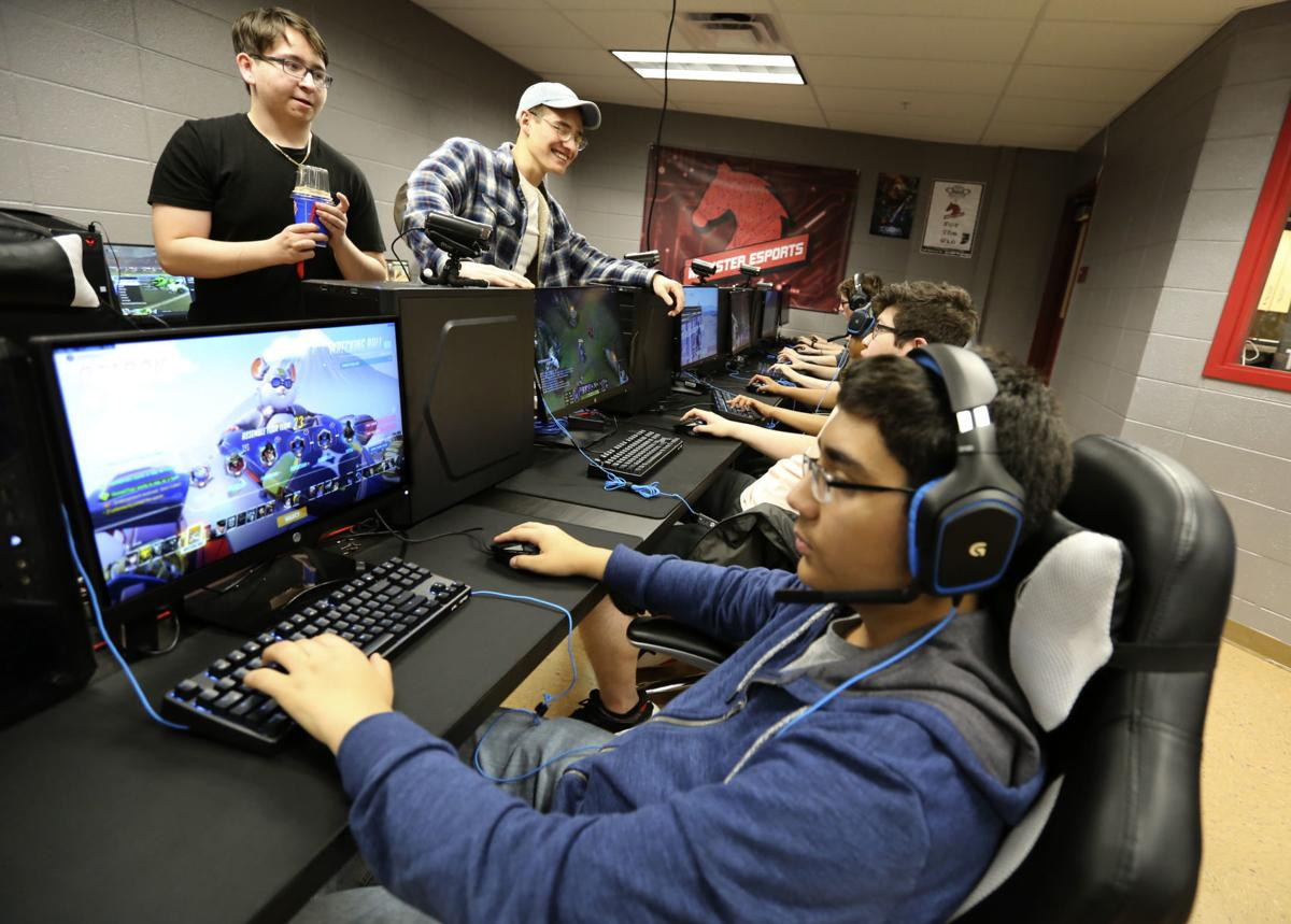 munster hs esports room grand opening