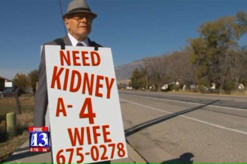 This Sweet Husband With A Sandwich Board Finally Found A Kidney Donor For His Wife
