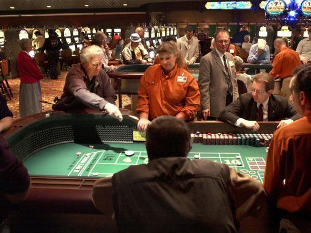 Craps table layout betting trends ucantlose odds comparison betting