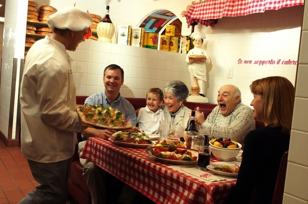 Offbeat plenty of excitement at buca di beppo from 39 kitchen table 39 to las vegas offbeat with - Buca di beppo pope table ...