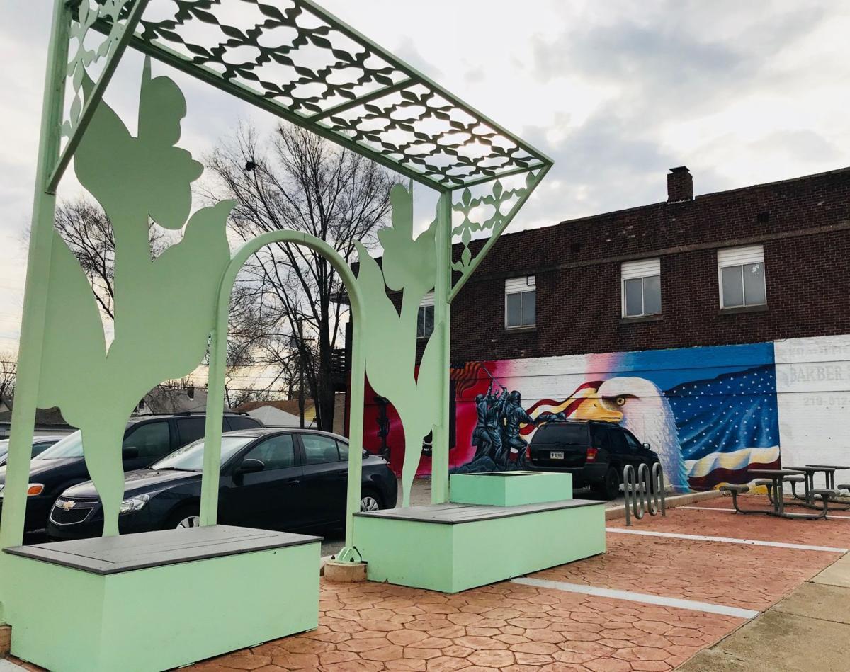 Hessville gets new sculptures, first-of-its-kind parklette