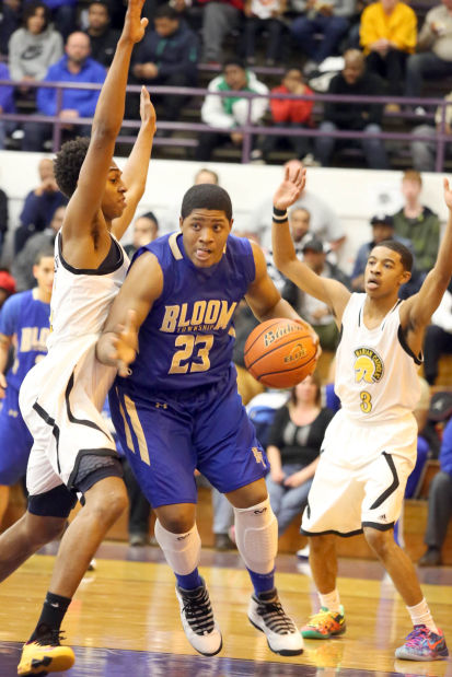 Boys Basketball, Class 4A Thornton Sectional semifinal. Marian Catholic vs. Bloom