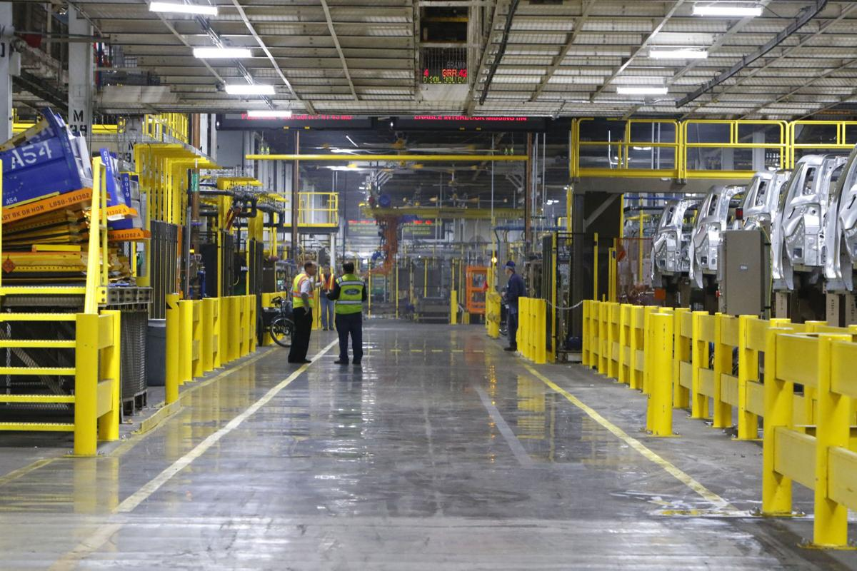 Ford looking to slash 1,400 jobs