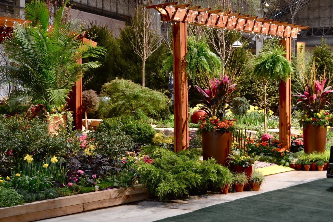 Chicago flower garden show in bloom books literature for Flowers and gardens pictures