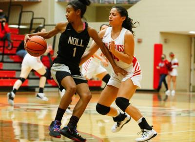 Bishop Noll at Crown Point girls basketball (holiday tournament