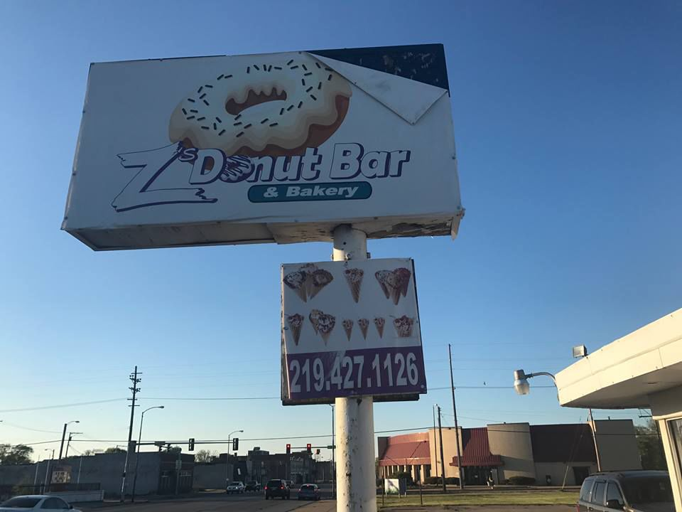 Z's Shakes and Cakes brings huge sweets to former Spill the Beans spot in Merrillville