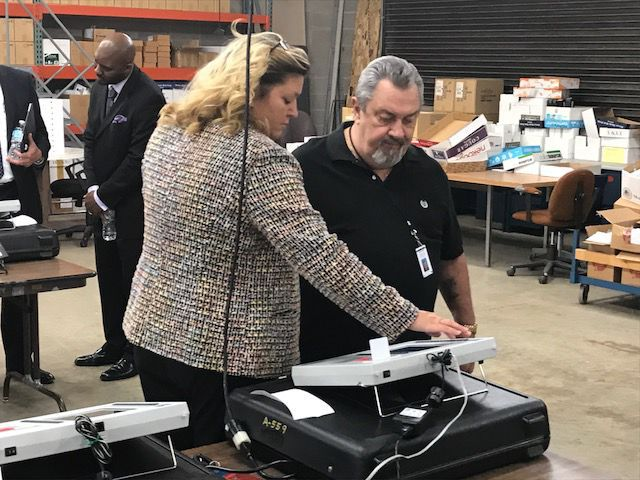 Lake County elections board holds a public voting test