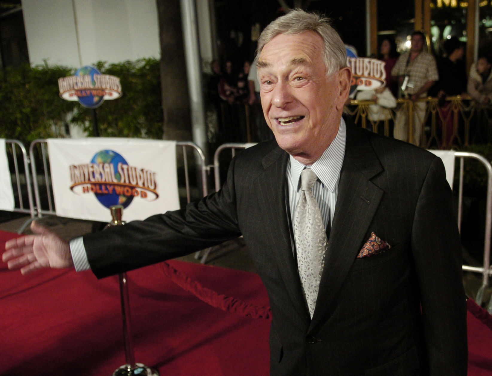 Emmy-Nominated Comedian & Actor Shelley Berman Dies At Age 92