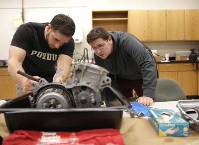 Purdue University Calumet team builds a race car