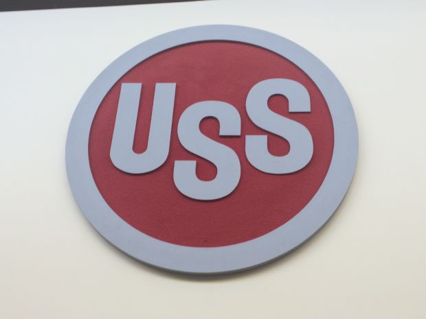 U.S. Steel to idle mills, lay off 800
