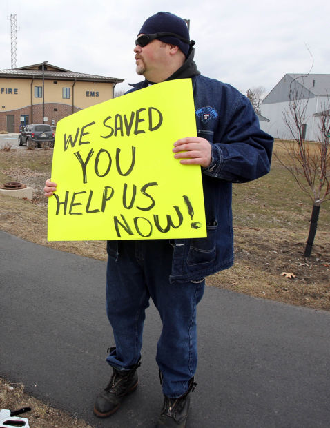 Lake Station EMS workers protest recent vote to privatize ambulance service